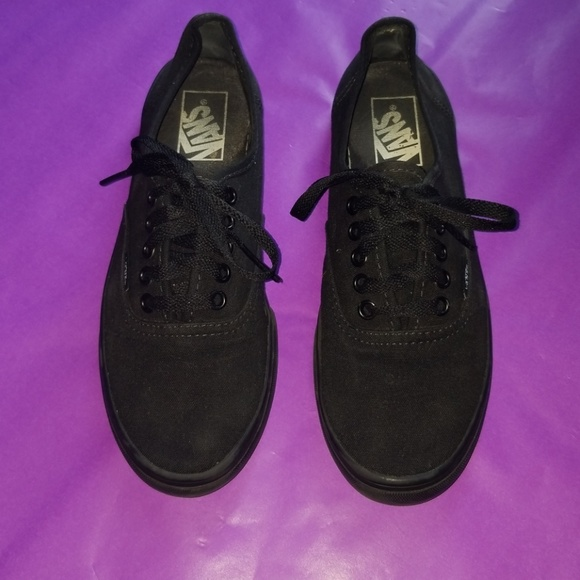 Vans Shoes | Black Vans Womens Size 75